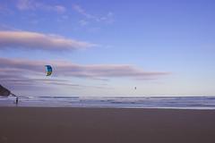 Luz Beach (Larissa Cadorin) Tags: beach kitesurf surf kitesurfing imbituba brazil paisage paysage paisagem paisaje playa agua natura naturaleza gradient naturalgradient sky sunset praia praya