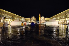 Walking alone (only_sepp) Tags: pioggia allaperto piazze notte torino piazzascarlo chiese monumenti