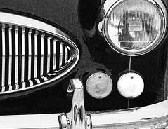 Austin Healey 3000 B&W (Russ Argles) Tags: austin healey 3000 car grille light bw kophillclimb canon 70d eos chrome bumper