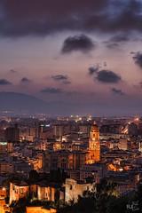 Y cae la noche.. (rafaj39) Tags: atardecer sunset nubes clouds mlaga catedral