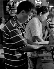 . (Out to Lunch) Tags: street night market juice tau sugarcane vendors vung ma nc earthasia