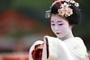 Maiko Odori Performance (Teruhide Tomori) Tags: portrait japan dance kyoto performance maiko 京都 日本 kimono tradition japon odori 着物 踊り 舞妓 日本髪 canonef300mmf28lis 伝統文化 canoneos5dmarkⅲ