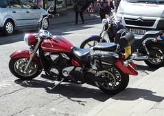 Yamaha V Star 1300 (kenjonbro) Tags: uk red england kent yamaha 2009 vstar maidstone loose tourer earlstreet 1300cc worldcars kenjonbro fujifilmfinepixhs50 dx09fbe