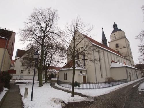 2013-Barby-Kirchenschiff-und-Rathaus
