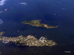 Hart and City Islands (featfannyc) Tags: jetblue jfkairport nyc newyorkcity august2015 pottersfield publicburialground hartisland cityisland bronx