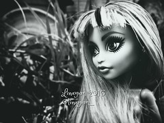 (Linayum) Tags: twyla mh monster monsterhigh mattel doll dolls mueca muecas toy toys juguete juguetes monochrome linayum