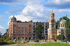 d - old, new and under construction (JoannaRB2009) Tags: d lodz dzkie lodzkie polska poland city urban building architecture sky clouds blue cityscape alexandernevskycathedral church orthodoxchurch cathedral hotel hotelpoloniapalast summer