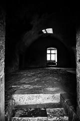 Janela Indiscreta (mrs.pais) Tags: palmela castelo portugal preto e branco black white ar livre