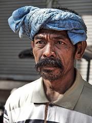 Mandalay - Man (sharko333) Tags: travel reise voyage asia asien asie myanmar mandalay people portrait man towel beard street olympus em5