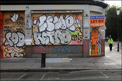 Sod, Ftwo, Retro... (Alex Ellison) Tags: nottinghillcarnival2016 westlondon urban graffiti graff boobs sod ftwo 42 retro cbm