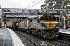 "2016-08-22 QUBE VL357-1437 Lidcombe T281 (Dean ""O305"" Jones) Tags: qube logistics vl357 1437 lidcombe nsw new south wales australia au t281 botany yennora trip train container intermodal locomotive"