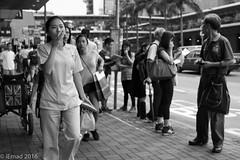 Life in Motion - HK (EHA73) Tags: summiluxm11450asph leica leicamm typ246 monochrome bw blackandwhite hongkong travel streetphotography smartphone street people crowd