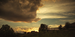 Mobydick (Lux Obscura) Tags: clouds sunset barns golden light sky storm nature sunrays seasky hindi