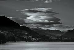 millefoglie (biso 364) Tags: lago nuvole cielo valsugana trentino bianconero pergine