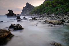 Dusk at Watu Lumbung (nGkU Li) Tags: ngkuli nature indonesia watulumbung water seascape sea sunset flickrtravelaward fujifilm xpro2 outdoor