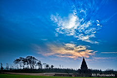 Shore Temple (Anand Raghavan) Tags: india beach mah tamilnadu mahabalipuram mahabs shoretemple