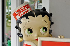 Betty's Diner (Ms._Pearl) Tags: texas fredericksburg bettyboop