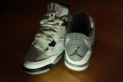 White Cement 4s (Peyrulesd00d) Tags: light white photography shoes cement boyfriends 4s jordans