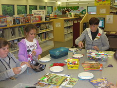 Community Craft Day (SJCPLS) Tags: kids nationallibraryweek 2013 sjcpls southeastbranchlibrary