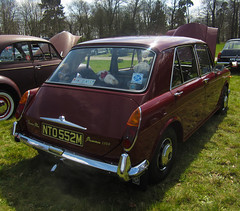 1973 VANDEN PLAS 1300 PRINCESS AUTO (Yugo Lada) Tags: auto old classic cars car austin photo amazing nice shiny day princess retro clean stunning vehicle parked lovely rare 1973 plas 1300 immaculate vanden painshill nto552m vehcild