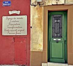 Cassis  colore-- Rue Pierre Eydin (Claudia Gaiotto) Tags: street door colors walls provence cassis colore