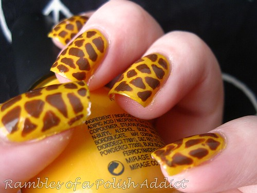 giraffe-nails-005