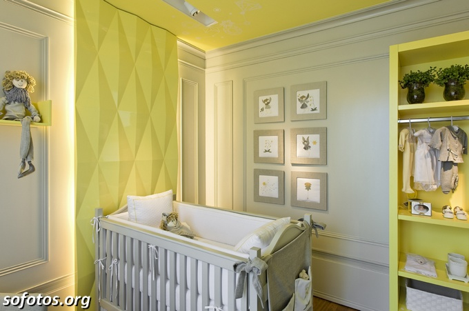 quarto de bebe verde