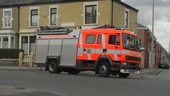 Lancashire Fire & Rescue Service on Call (sab89) Tags: uk blue rescue fire lights blues lancashire vehicle preston service emergency 55 leyland brw daf twos w141 w141brw