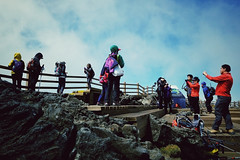 Climbing Mt. Hallasan, Jeju Island (jonas_k) Tags: people mountain berg island volcano outdoor hiking korea menschen insel vulcan jeju wandern koreans vulkan hallasan koreaner