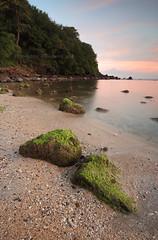 Klui Sunset (Randi Ang) Tags: sunset beach canon indonesia landscape eos filter 5d ang lombok hitech randi senggigi seascap mangsit klui