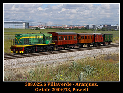 De pelicula (Powell 333) Tags: madrid espaa tractor train canon tren trenes eos spain rail railway trains 7d powell material museo railways ye yeye getafe ferrocarril renfe 308 025 viajeros historico adif ffcc 10825 eos7d canoneos7d preservado 308025 cehfe preservados