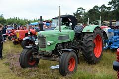 DSC_3092 (2) (Kopie) (azu250) Tags: ravels belgie weelde 3e oldtimerbeurs car truck tractor classic fendt favorit