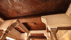 PALACIOS NAZARIES (EL VIAJERO MOTERO) Tags: granada alhambra catedral nazaries fotonocturna paisajes historia iglesias parroquias palacios arquitectura viajeros