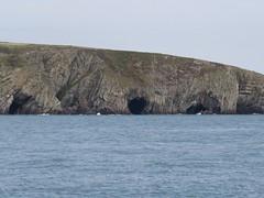 3999 Caves and geology below Mynydd Twr (Andy panomaniacanonymous) Tags: 20160907 caves ccc cliffs cruise geology ggg holyisland rockface roundtrip rrr southstackrspb sss ynysgybi ynyslawd ynysmon