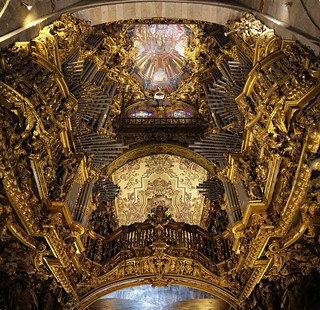 Impressed by Braga's organ and ceiling of the High Choir