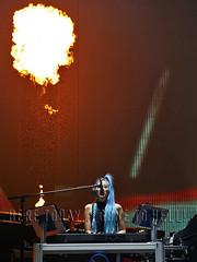 melissa_atlanta160727 (gnrtour) Tags: notinthislifetime northamerica usa july 2016 july272016 georgiadome atlanta atlantaga melissareese pyro flame gnr gr gnfnr gnfnrs gunsnroses
