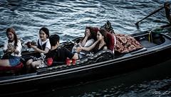 2016-08-10_Venedig - Venice - gritty version_IMG_7924 (dieter_weinelt) Tags: bluesky brcken dieter fiona gondeln kanal kanle melanie sommer2016 sonnenschein touristen venedig venice victoria blauerhimmel boats boote bridges canals gondolas summer2016 sunshine tourists