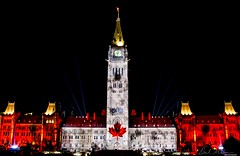 Peace Tower and Centre Block, Ottawa, Canada (Derek Mellon) Tags: ottawa peacetower parliamenthill mapleleaf northernlights