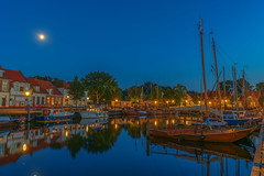 DSCF2513 (brammetje2012) Tags: elburg fuji fujixe1 fujinonxf185528ois lightroom nederland avond blauweuur bluehour harbor harbour haven night reflections gelderland nl holland blue sky moon maan dutch dusk