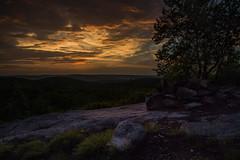 Sunset (ronnymariano) Tags: newyork harrimanstatepark sunset nature jonesmountain hiking harrimanpark city landscape unitedstates 2016 outdoors mountain southfields us