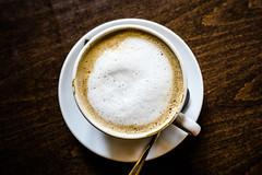 caff latte (Schub@) Tags: sha caff latte milchkaffe ilge tisch table kaffee milch milk coffee sony a6000 ilce6000 nex alpha emount e 1650mm