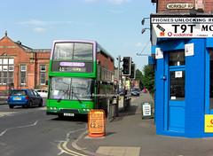 NCT 434 descending Carlton Road, Nottingham (Lady Wulfrun) Tags: road street city nottingham sign june name 25 2009 nct 434 carltonhill carltonroad worksoproad lilacline t9t v434vrc