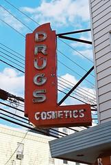 Drugstore Neon (aaronvandorn) Tags: jerseycity oldsign rokkor