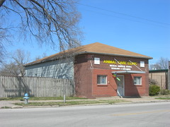 Animal Care Clinic (jimmywayne) Tags: historic kansas veterinarian wilsoncounty veterinary neodesha vetclinic animalcareclinic