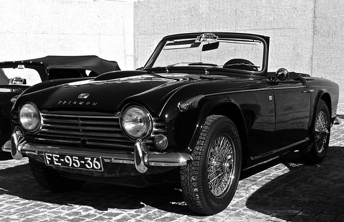 blackandwhite portugal car blackwhite lisboa lisbon belem coche carros triumph worldcars blackandwhiteonly triumphcar carrosemportugal