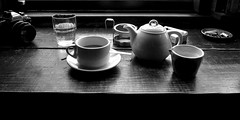tea break (SOVA5) Tags: blackandwhite monochrome cafe teabreak ricoh grd nikonnewfm2 grd2 grdigital2