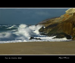 Foz do Arelho #4 (miguel m2010) Tags: sea portugal mar do waves foz ondas arelho mygearandme mygearandmepremium mygearandmebronze mygearandmesilver mygearandmegold mygearandmeplatinum mygearandmediamond