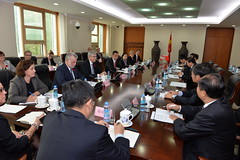 Premiers meet with Jiang Daming, Minister of Land and Resources / Les premiers ministres rencontrent Jiang Daming, ministre des terres et ressources