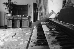 Hotel Harmonium (C O L O U R S O F D E C A Y) Tags: abandoned abandonedplaces urbex urbanexploration harmonium abandonedpiano piano hotel abandonedhotel germany forgotten lost lostplace blackandwhite canon monochrome bw
