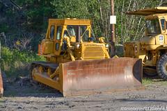 Cat D8K Dozer (Trucks, Buses, & Trains by granitefan713) Tags: cat caterpillar equipment heavyequipment oldequipment oldiron heavyiron dozer bulldozer crawlertractor catd8 d8k